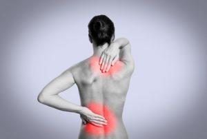Rückenschmerzen durch Kälte